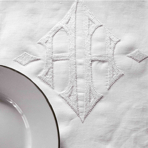 KATE TABLECLOTH IN LINEN BY MARINAC - Luxxdesign.com - 1