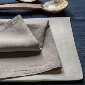 ROMY NAPKINS IN LINEN SET OF 2 BY MARINAC - Luxxdesign.com - 1