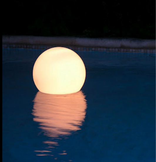 ACQUA GLOBO FLOATING LIGHT BY SLIDE - Luxxdesign.com