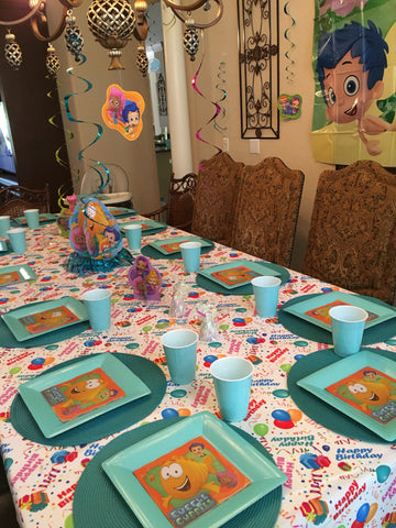 Bubble Guppies with Happy Birthday Tablecloth by CelebrationTablecloths