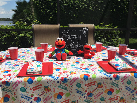 Elmo on Happy Birthday Tablecloth by CelebrationTablecloths