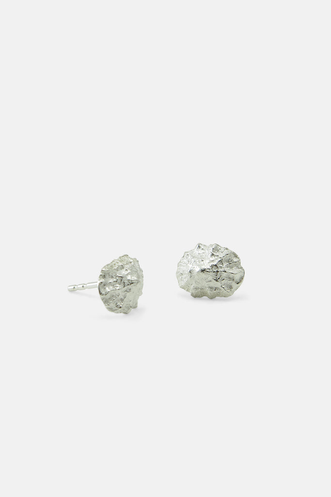 Limpet earrings, silver