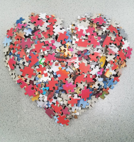 Jigsaw Puzzle Heart - The Missing Piece Puzzle Company