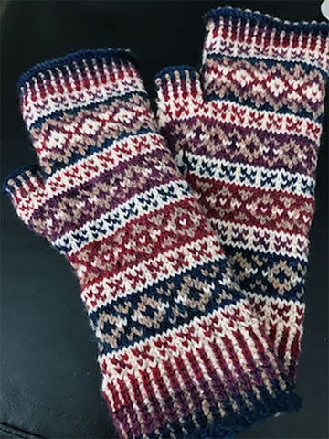 Handknit fingerless mitts in Elora yarn
