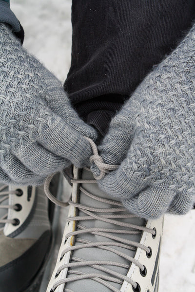 Lanark gloves knitting pattern