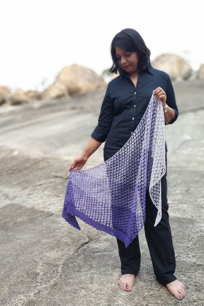 Sarasi airy lace shawl pattern by Lana Jois