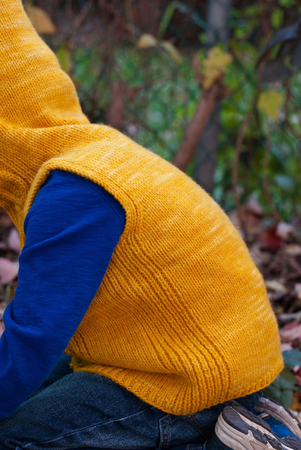 Autumn Hike Hoodie side rib detail