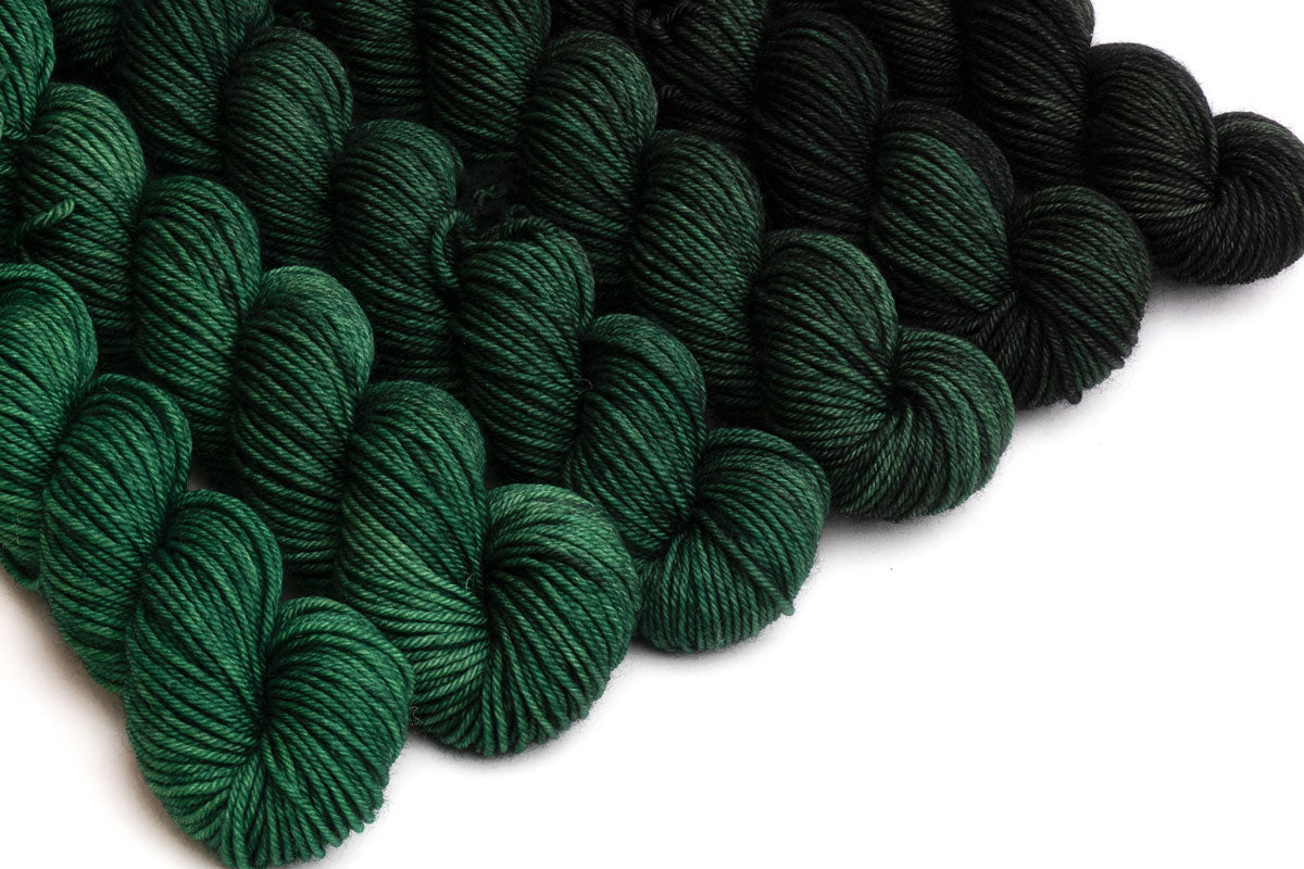 Crescendo hand-dyed gradient yarn set - Black Spruce