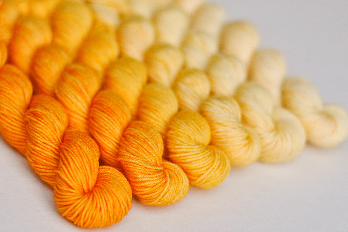 Crescendo hand-dyed gradient yarn set - Buttercup