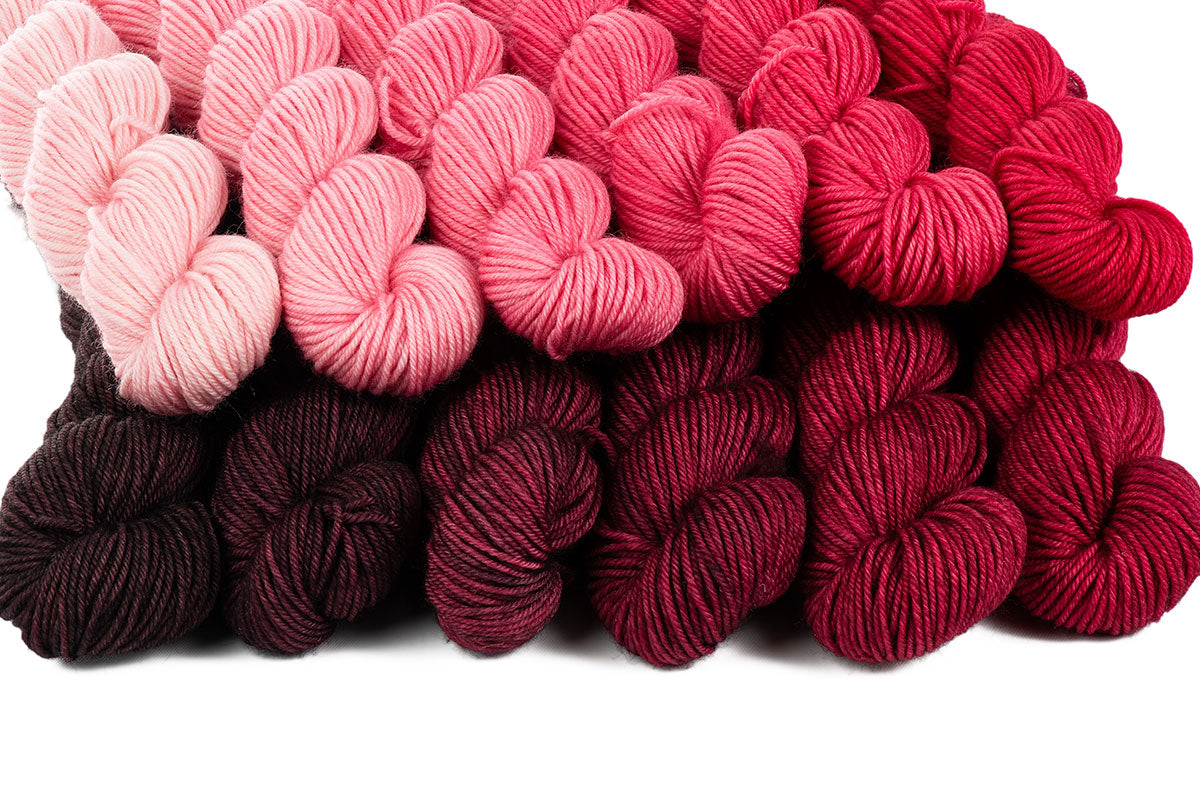 Crescendo hand-dyed gradient yarn set - Pretty in Pink + Black Rose