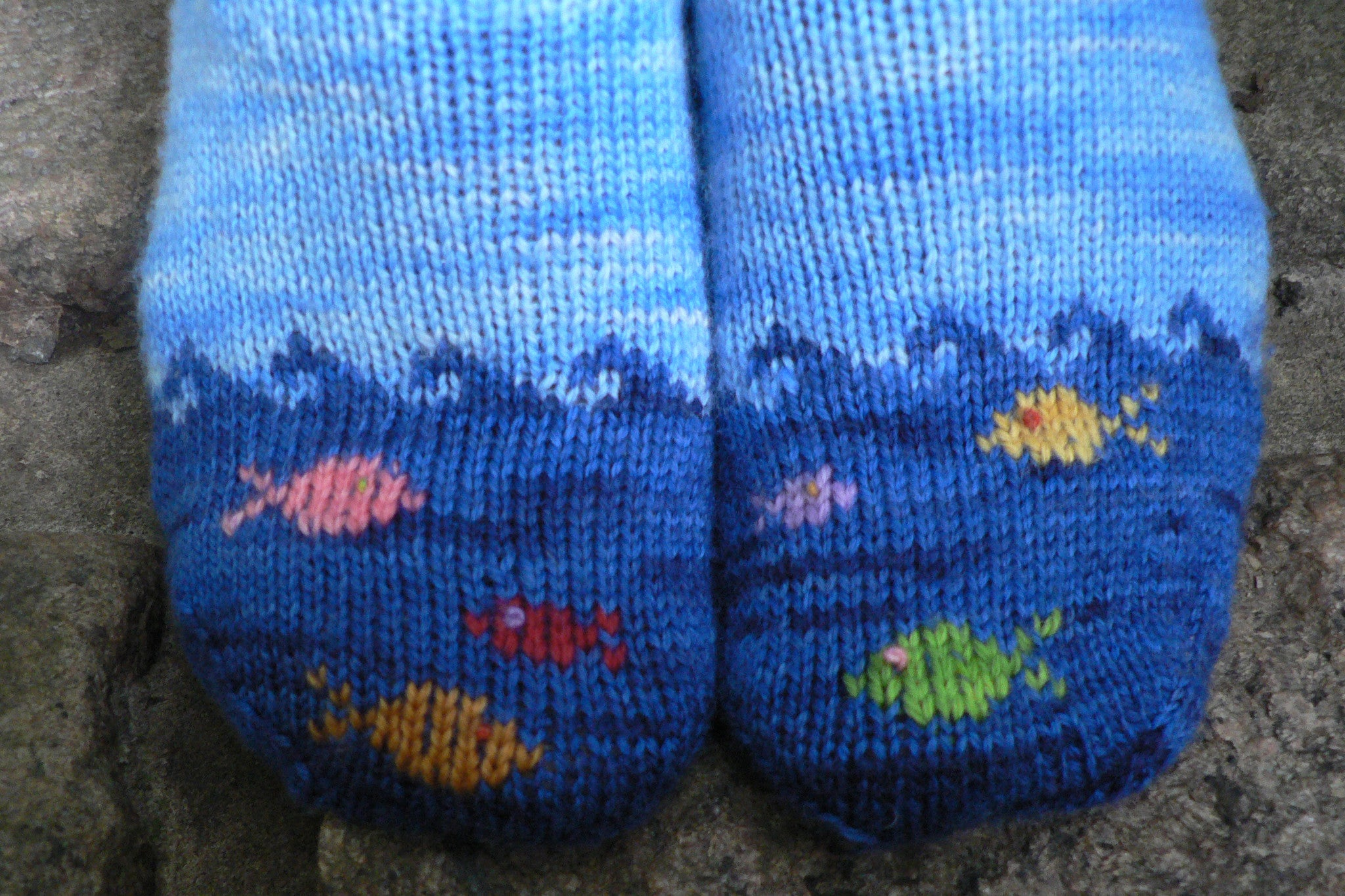 Fish in the Sea sock knitting pattern - Sweet Paprika Designs