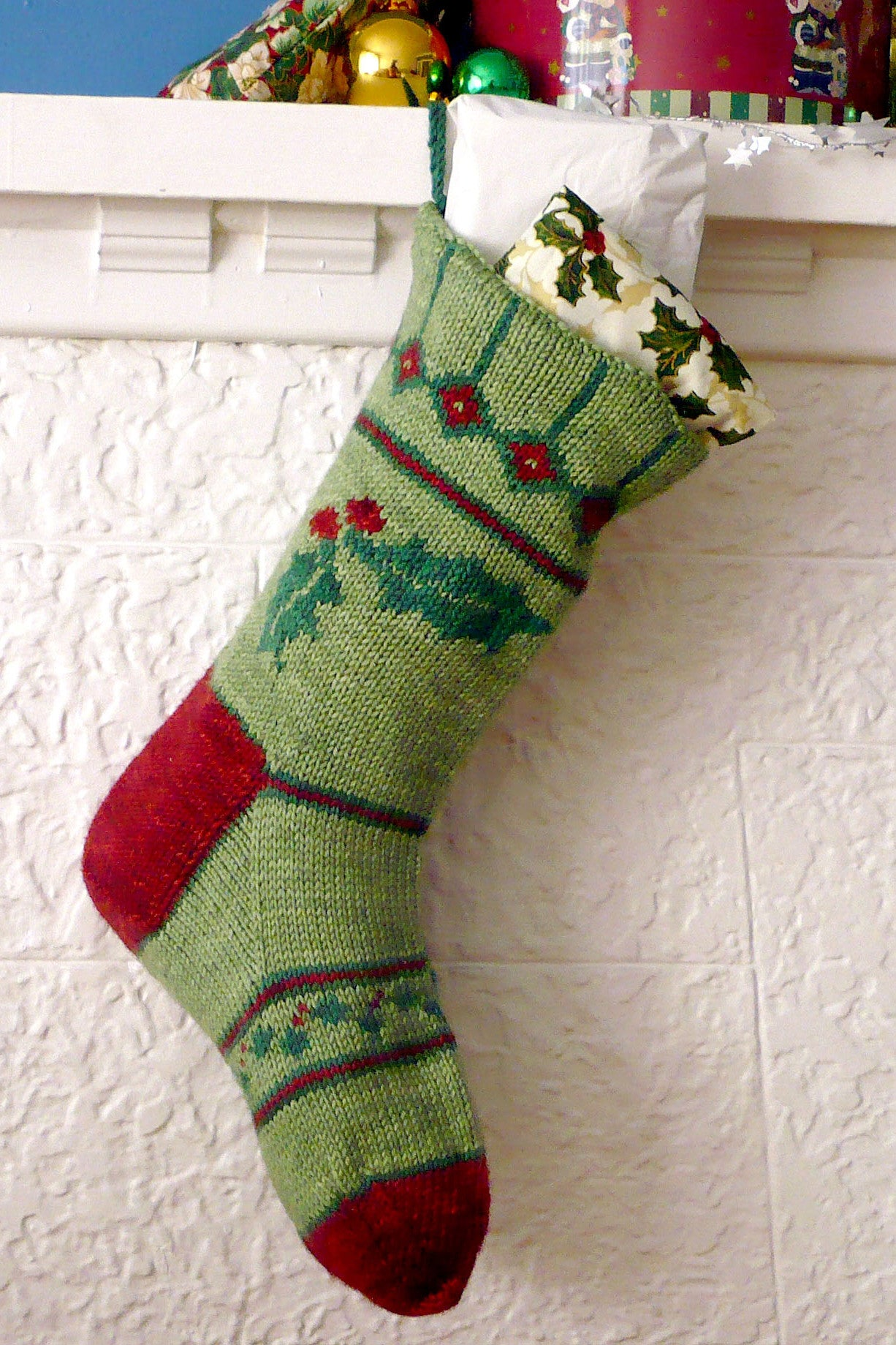 Holly Christmas Stocking knitting pattern - Sweet Paprika Designs