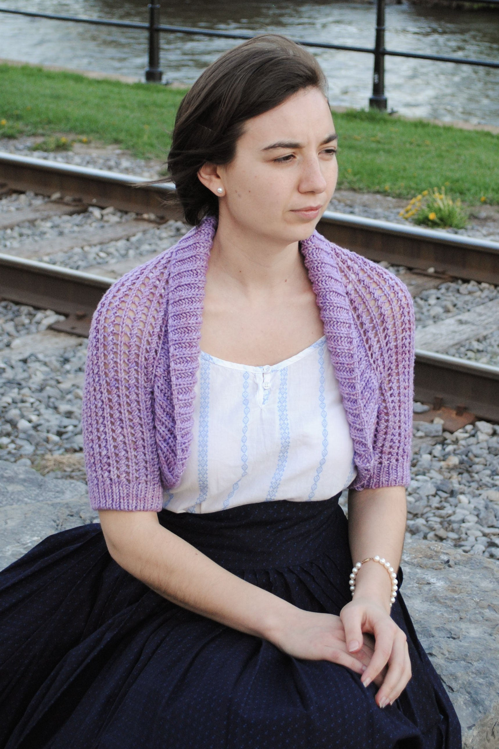 Vintage shrug knitting pattern with shawl collar