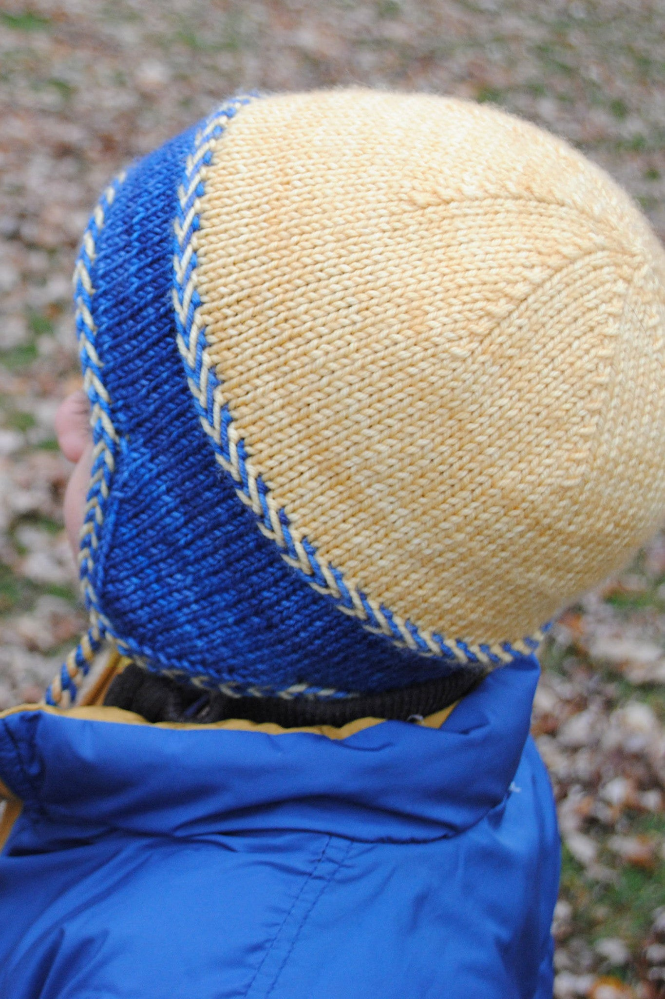 Little Leif hat crown shaping detail