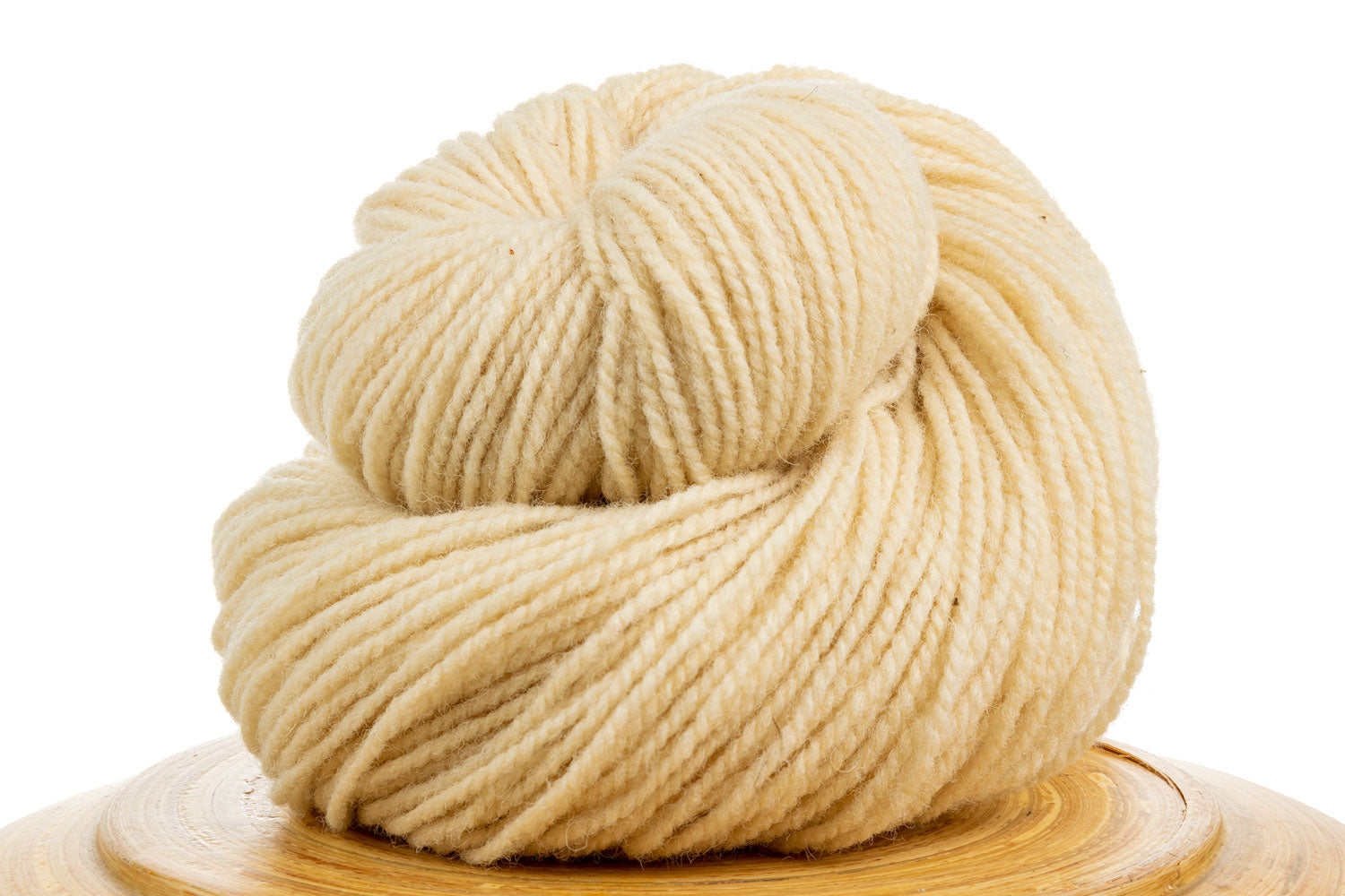 Winfield Canadian hand-dyed wool yarn in Natural, natural cream-coloured wool