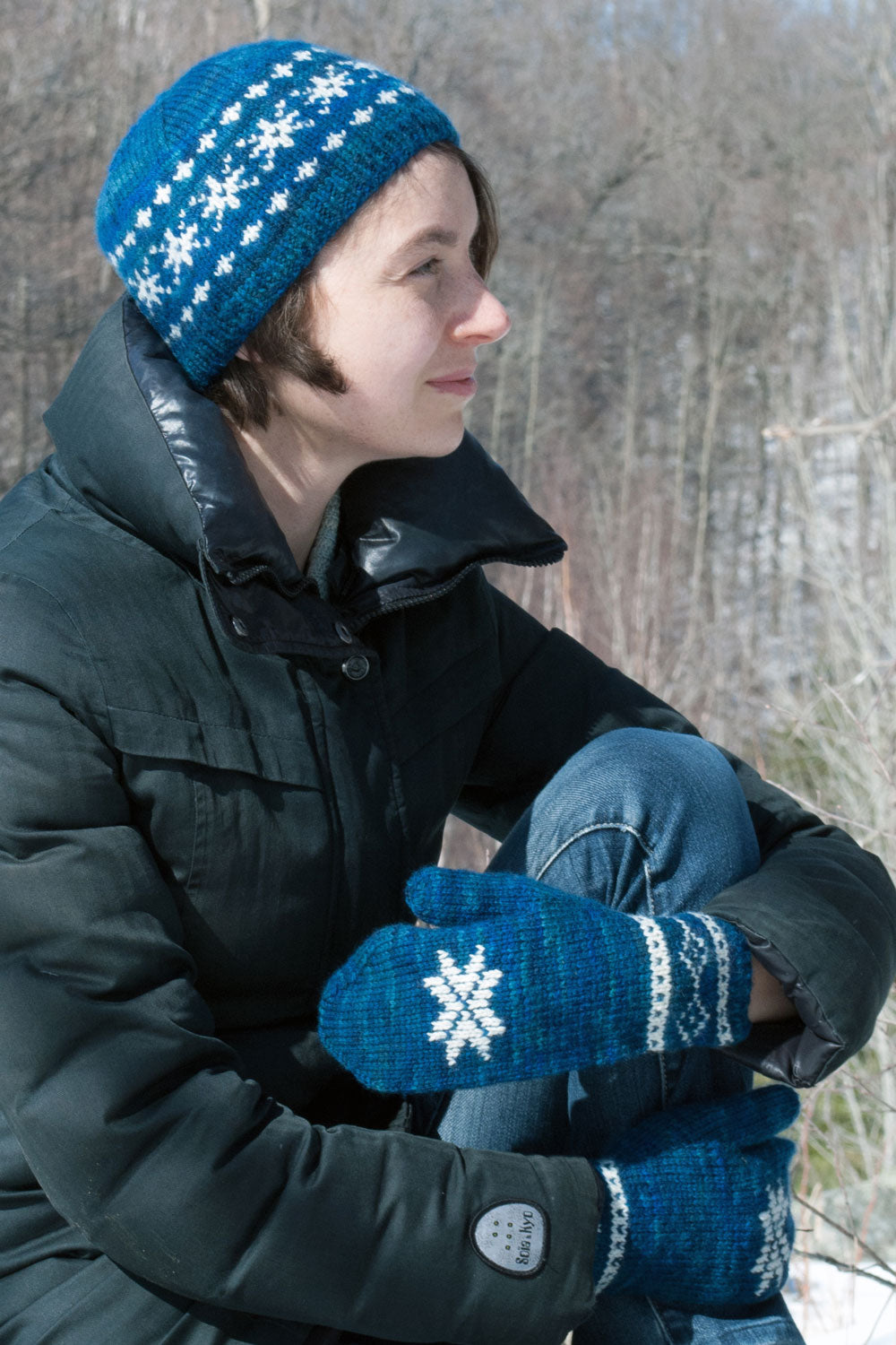 Winter sonata hat and mittens knitting pattern