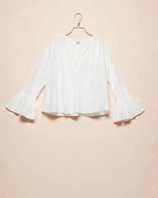 WEB-EXCLUSIVE Broderie Anglaise Blouse