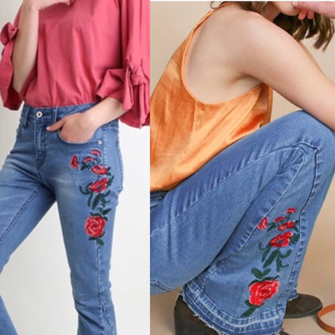 THE FLAMINGO RANCH  Floral/Flare Jeans