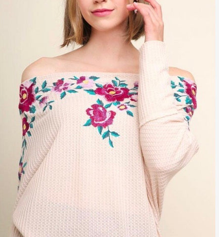 THE FLAMINGO RANCH Off Shoulder Floral Emb