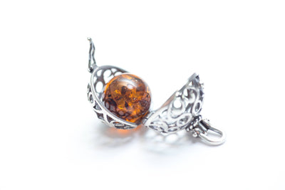 Baltic Beauty Pendant Amber & Silver Locket