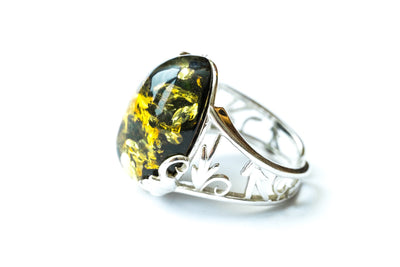Baltic Beauty Rings Oval Green Amber Statement Ring