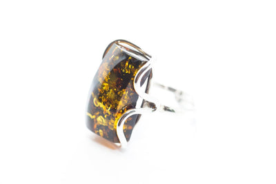 Baltic Beauty Rings Rectangle Green Amber Ring