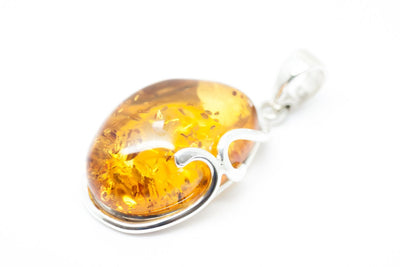 Baltic Beauty Pendant Simple Oval Amber Pendant