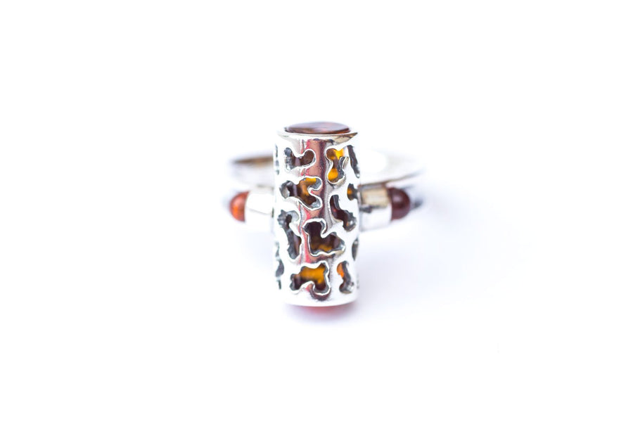 Urban Amber Fashion Ring