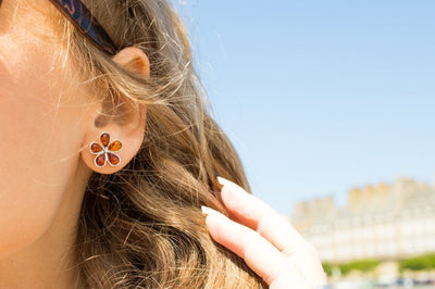 Amber Daisy Stud Earrings