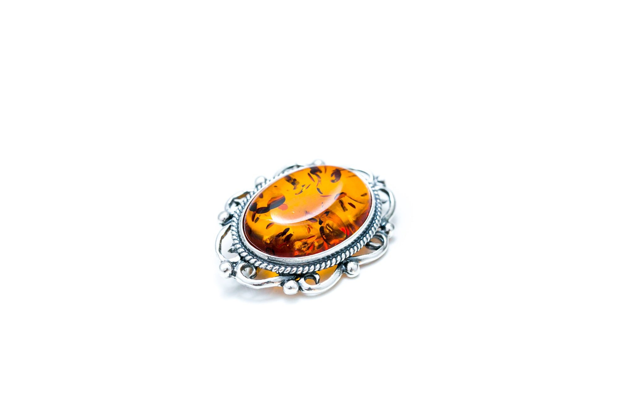 Oval Classic Framed Amber Brooch