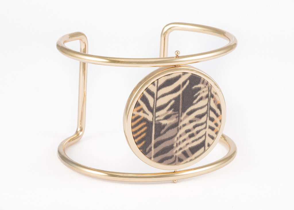 Reversible Circle Cuff Bracelet in Lady Palm