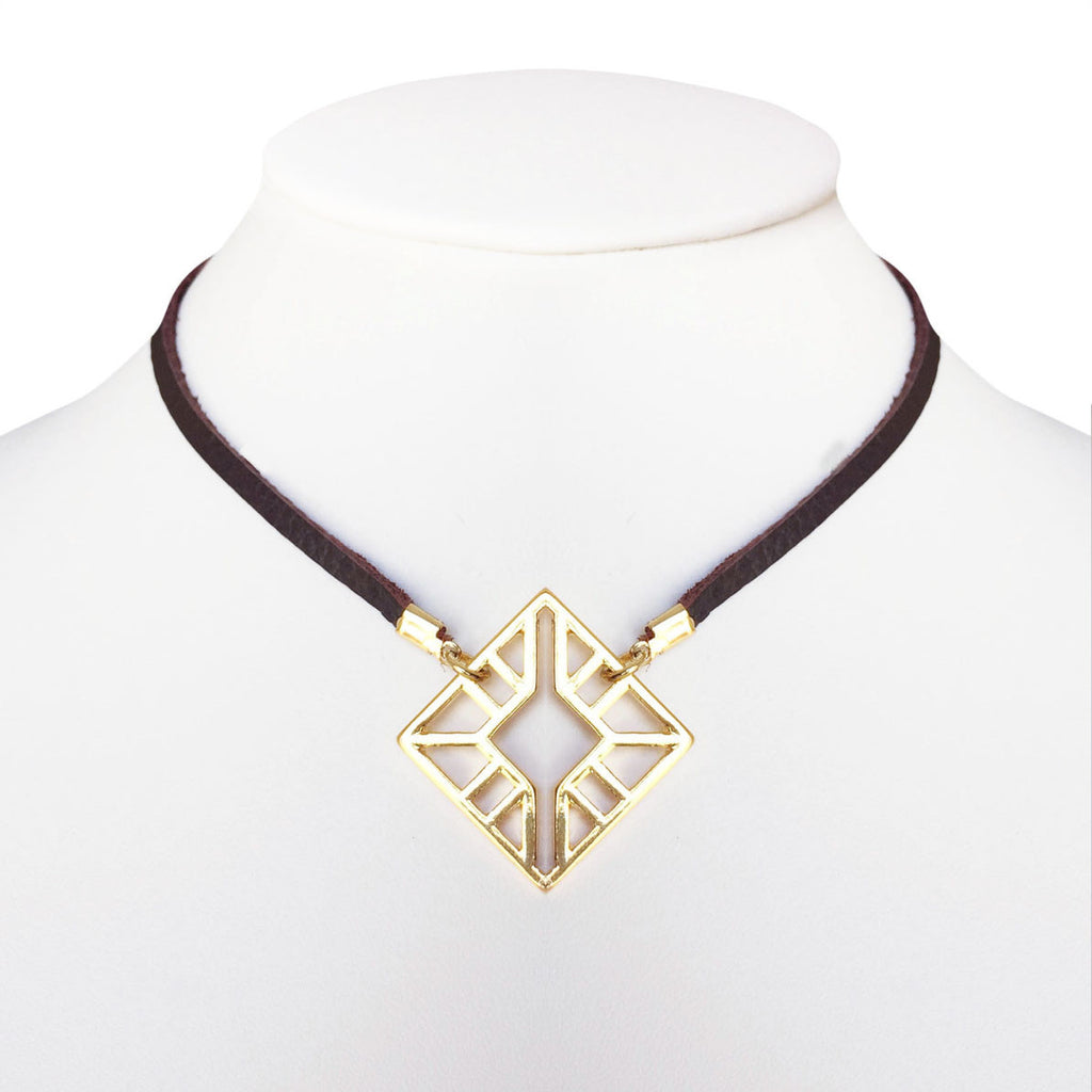 Geo Pendant Leather Choker Necklace (Gold/Brown)