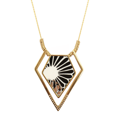 Lily Dilly Adjustable Statement Necklace in Gold/Parasol