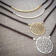 Filigree Medallion Leather Necklace (Gold/Brown)