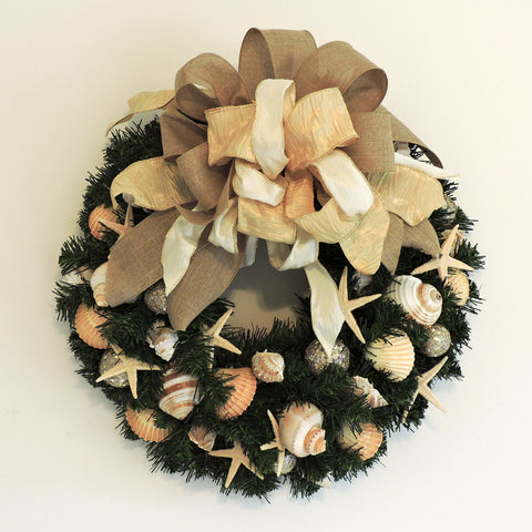 "20"" Holiday Wreath with Natural Colors WH-6"