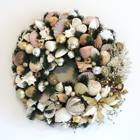 "24"" Deluxe Holiday Wreath with Natural and Gold WH-3"