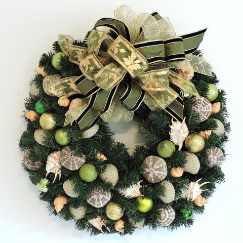 "30"" Holiday Wreath with Green and Gold WH-1"