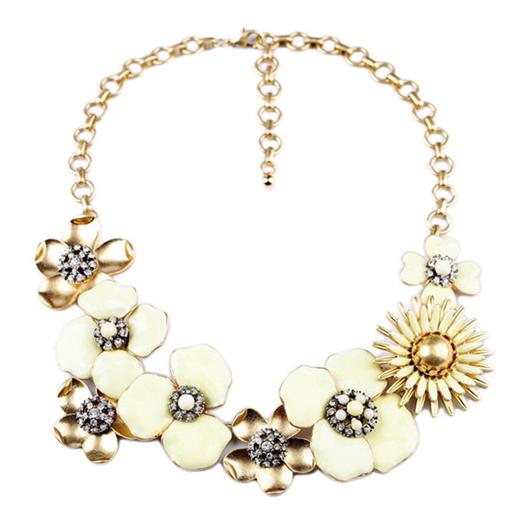Cream Flowers collar fashion Necklace - Crystalline