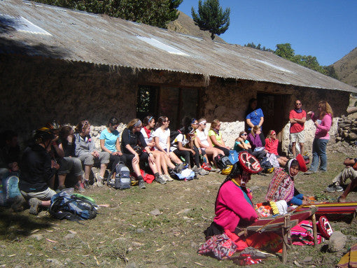 Midwestern students meet South American weavers!