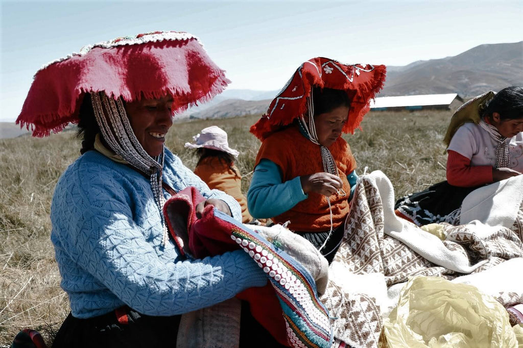 Upis Peru weavers