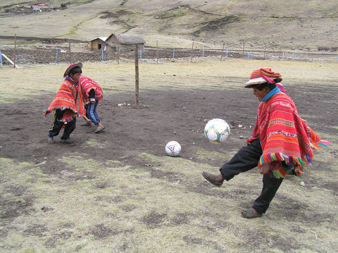 Football (soccer) is a highlight in high, cold landscape of Chaullacocha (4200m)