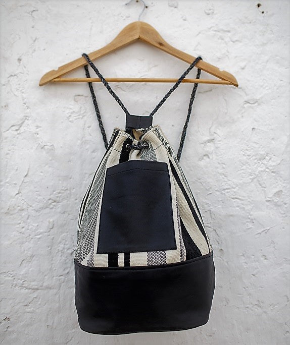 Tupu Backpack - Cream & Coal