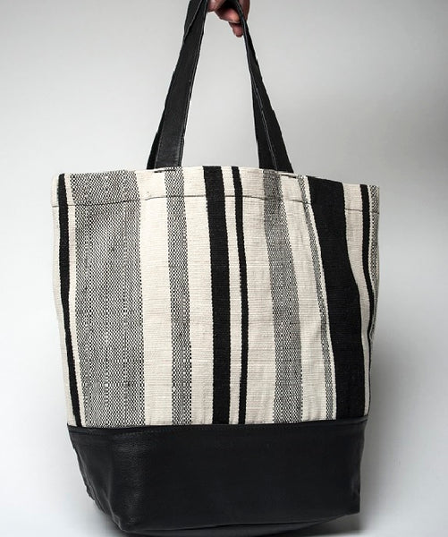 Tupu Tote - Cream & Coal