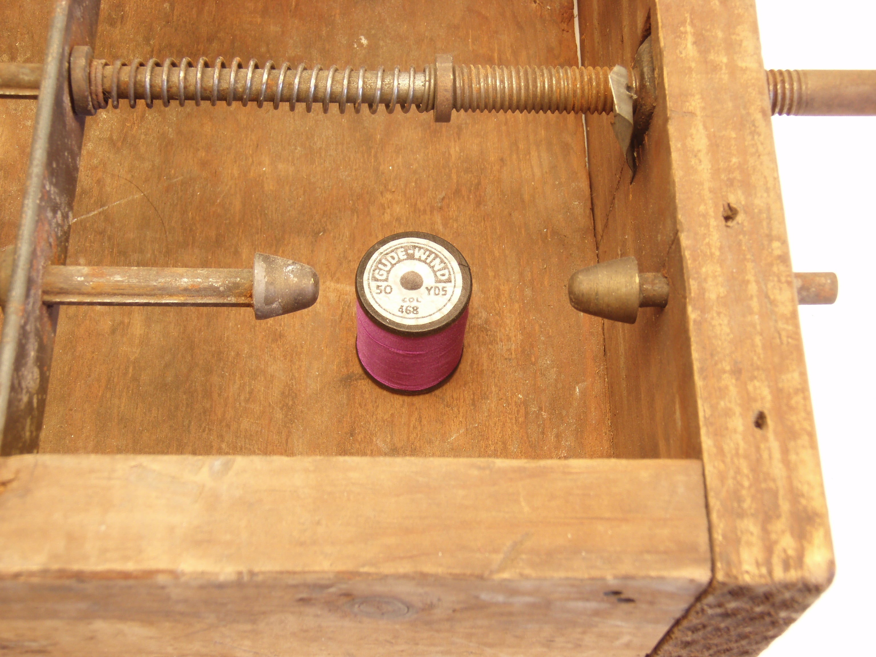 Montague Fly Rod Winding Box 2