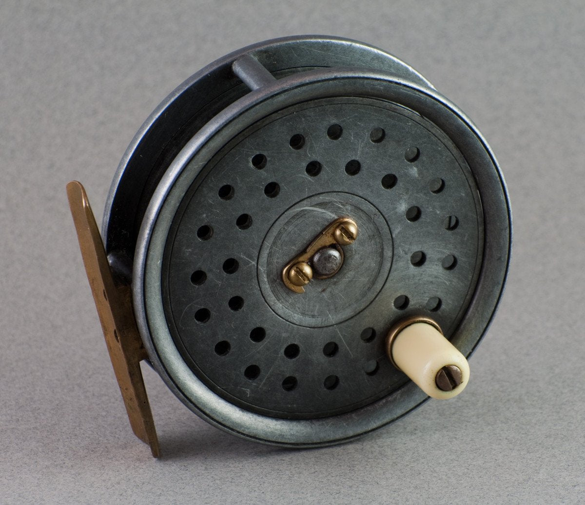 "Dingley Fly Reel 3 3/8"" - Telephone Latch"