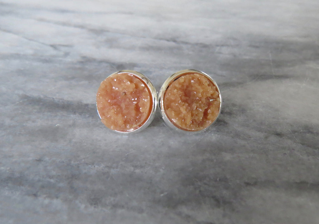 caramel druzy post in silver