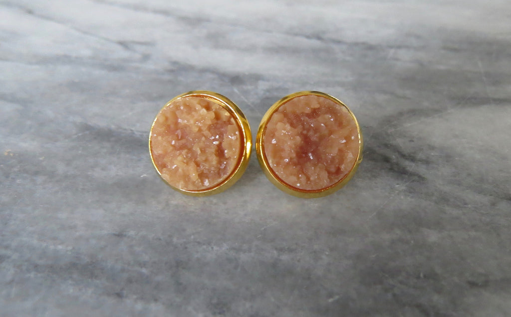 caramel druzy post in gold