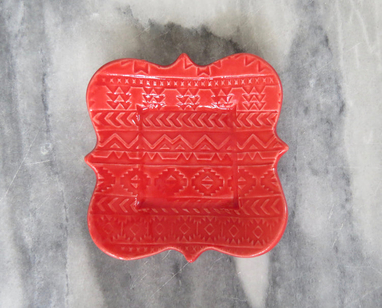 red aztec dish