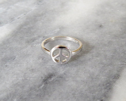single peace sign ring