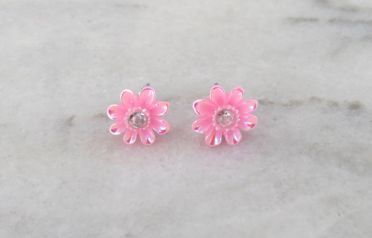 pink daisy earrings